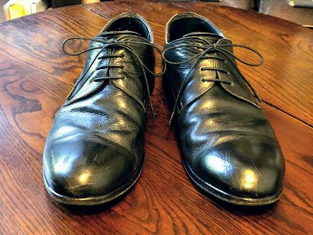 靴ひもを新しくした靴