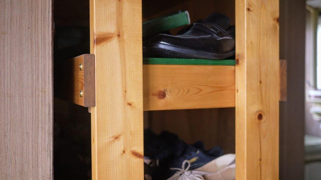 ワトコオイルとブライワックスで仕上げた棚