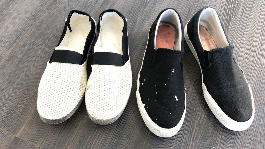 洗い終わった靴2足