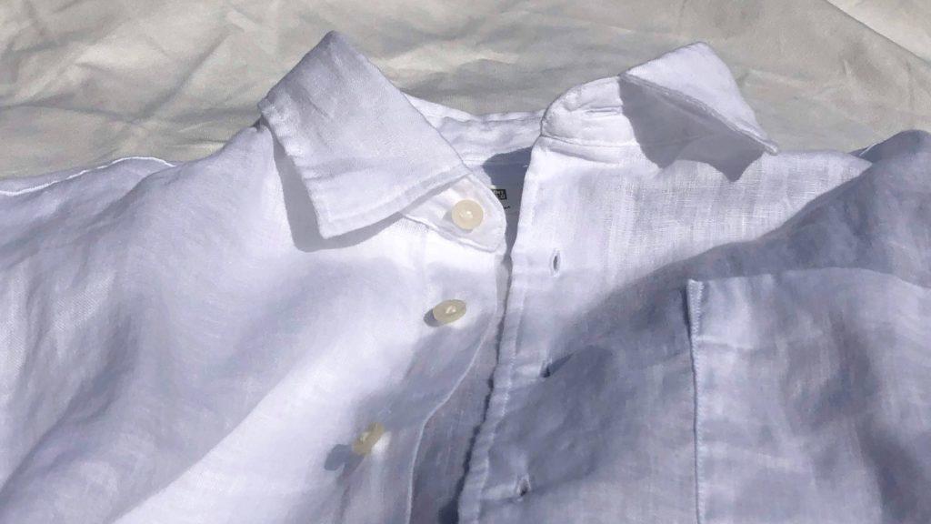 白のプレミアムリネンシャツのナチュラル感