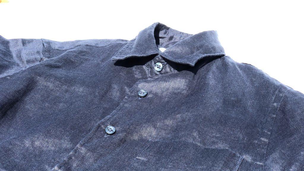 ネイビーのプレミアムリネンシャツの光沢