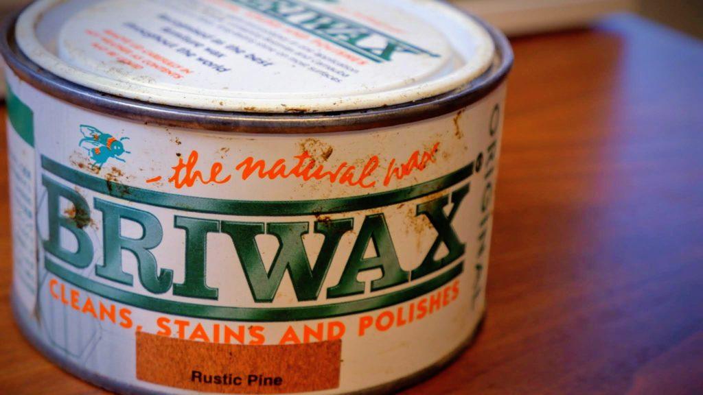ブライワックスの缶