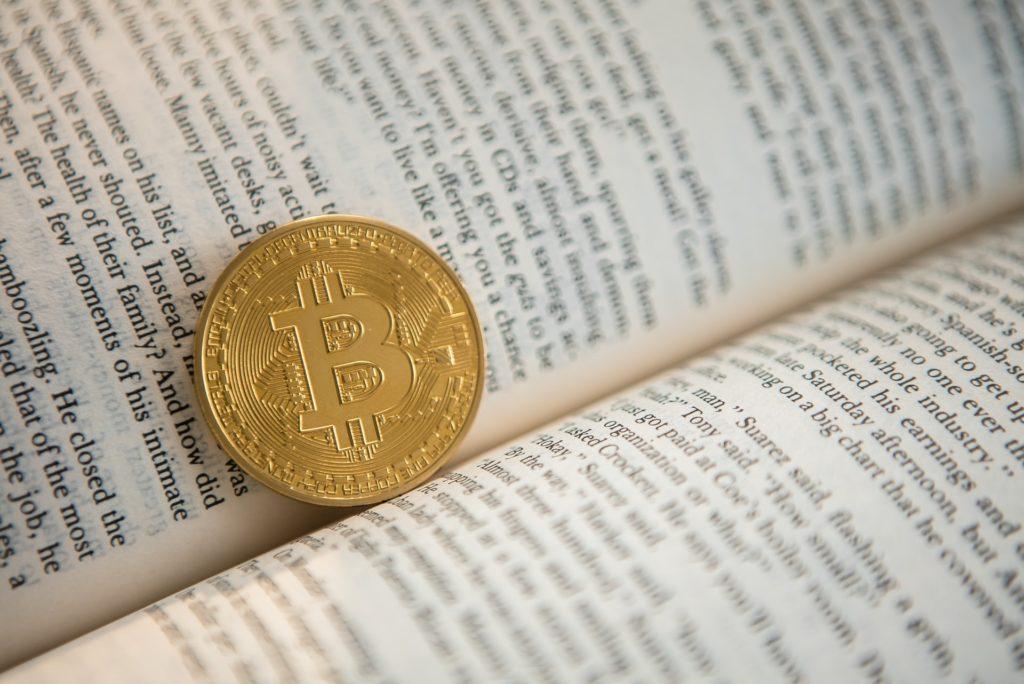 本とコイン