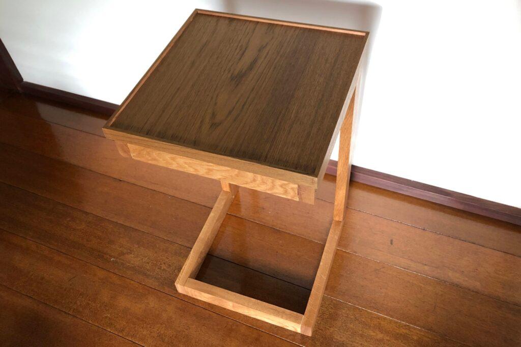 チーク突板のサイドテーブル